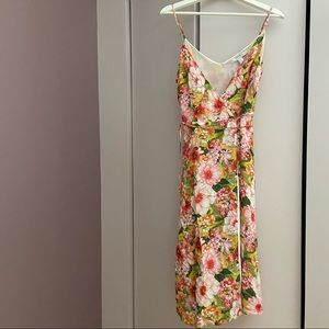 Forever 21 Dresses - Cute Forever 21 wrap dress